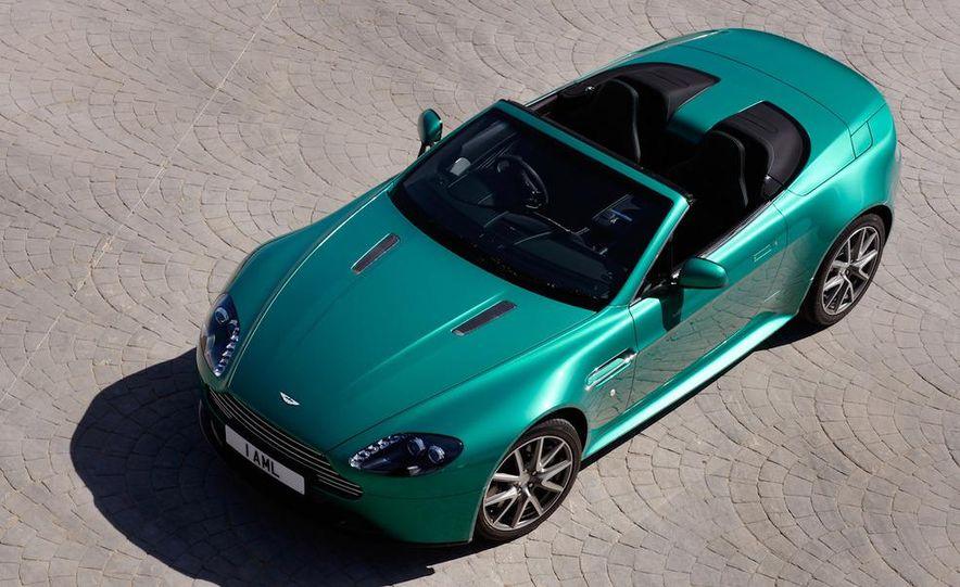 2012 Aston Martin Vantage S Volante and coupe - Slide 27