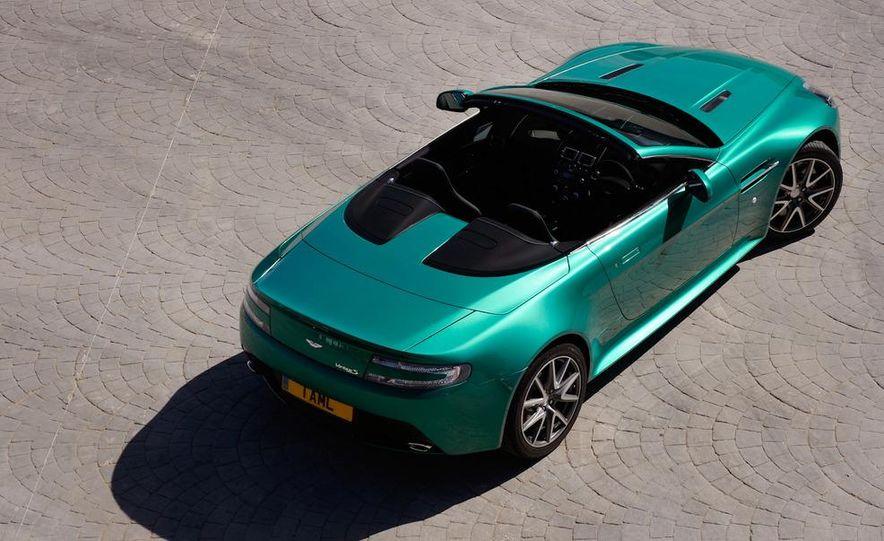 2012 Aston Martin Vantage S Volante and coupe - Slide 28