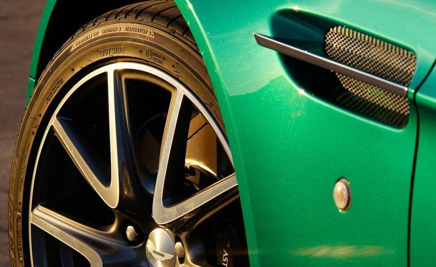 2012 Aston Martin Vantage S Volante and coupe - Slide 33