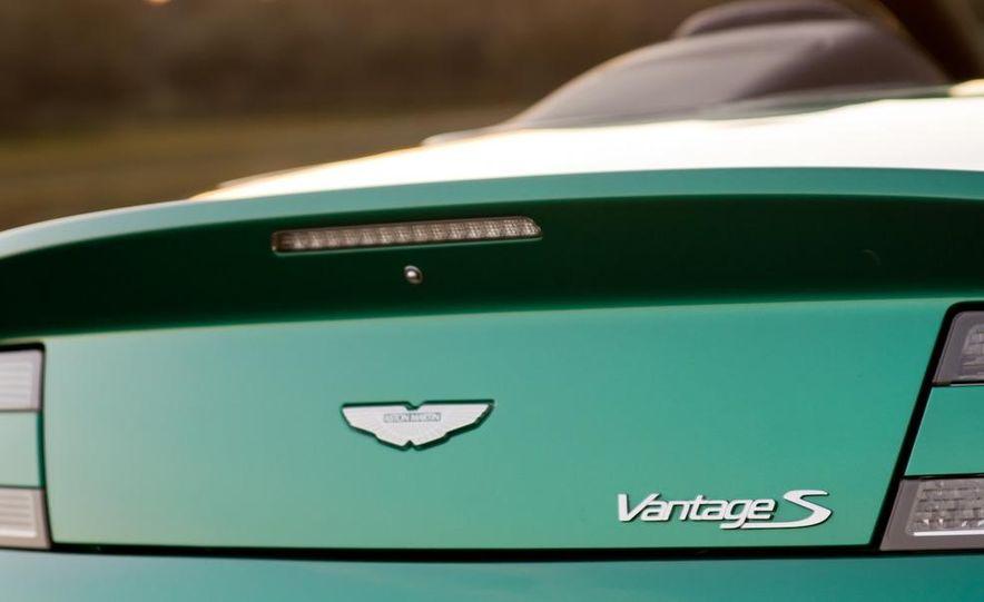 2012 Aston Martin Vantage S Volante and coupe - Slide 36