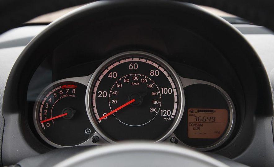 2011 Mazda 2 Touring - Slide 18