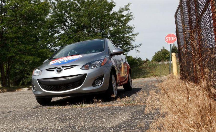2011 Mazda 2 Touring - Slide 26