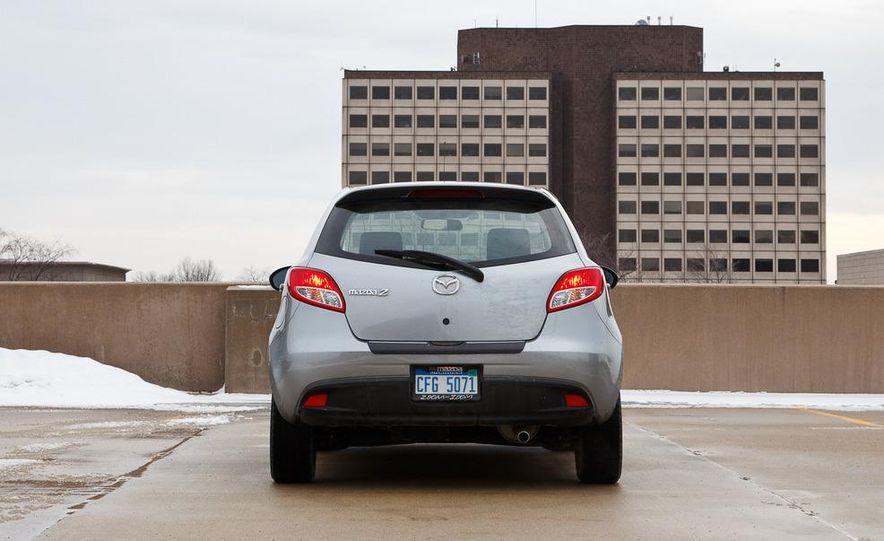 2011 Mazda 2 Touring - Slide 13