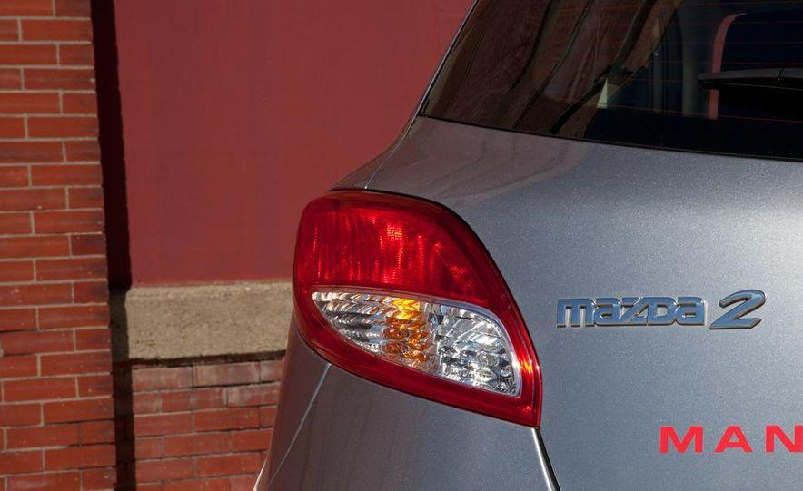 2011 Mazda 2 Touring - Slide 41