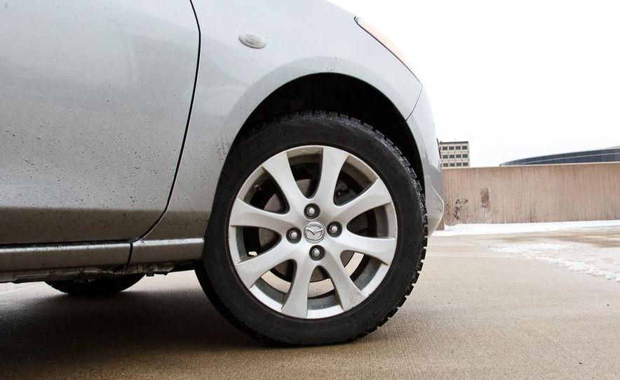 2011 Mazda 2 Touring - Slide 17