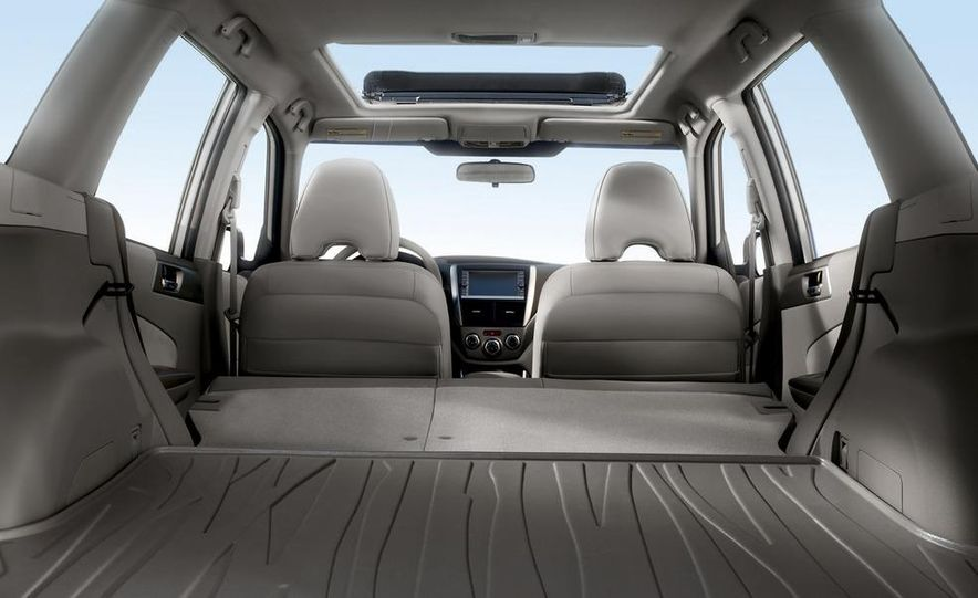 2011 Subaru Forester 2.5X Touring - Slide 4
