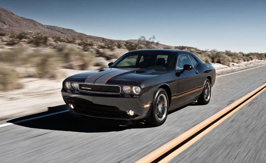 2011 Dodge Challenger Rallye - Slide 8