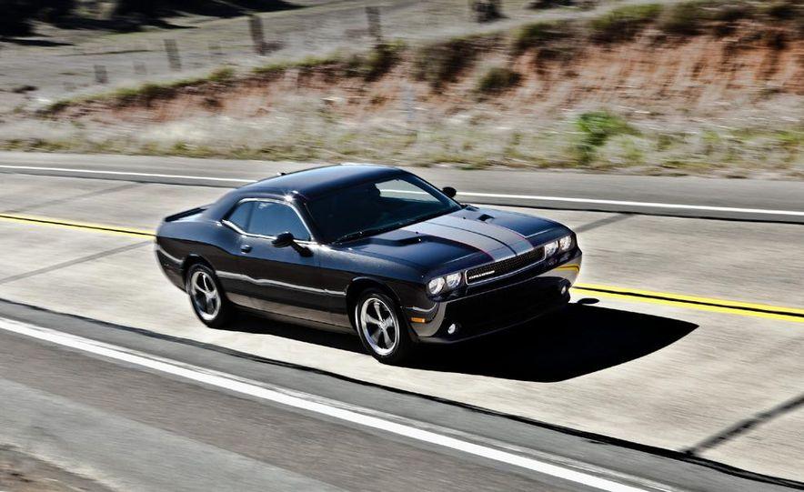 2011 Dodge Challenger Rallye - Slide 9