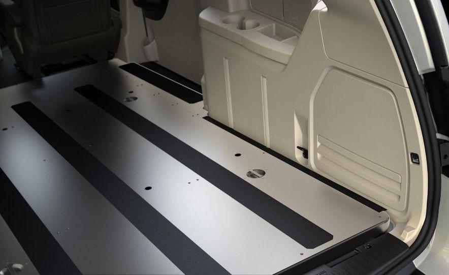 2012 Ram Cargo Van - Slide 4