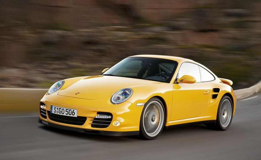 2013 Porsche 911 Turbo coupe (spy photo) - Slide 12