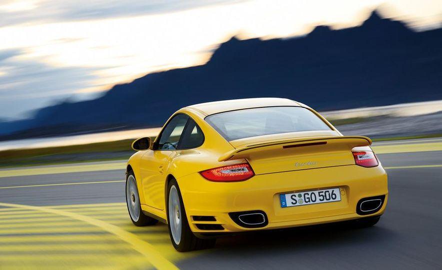 2013 Porsche 911 Turbo coupe (spy photo) - Slide 16