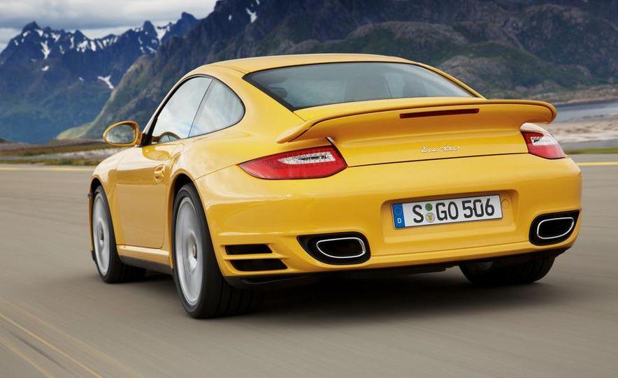 2013 Porsche 911 Turbo coupe (spy photo) - Slide 18