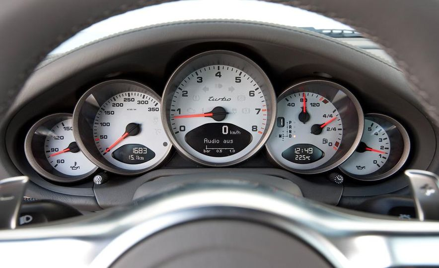 2013 Porsche 911 Turbo coupe (spy photo) - Slide 25