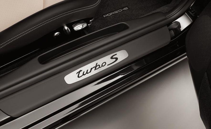 2013 Porsche 911 Turbo coupe (spy photo) - Slide 37