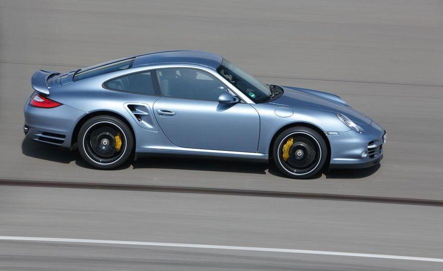 2013 Porsche 911 Turbo coupe (spy photo) - Slide 28