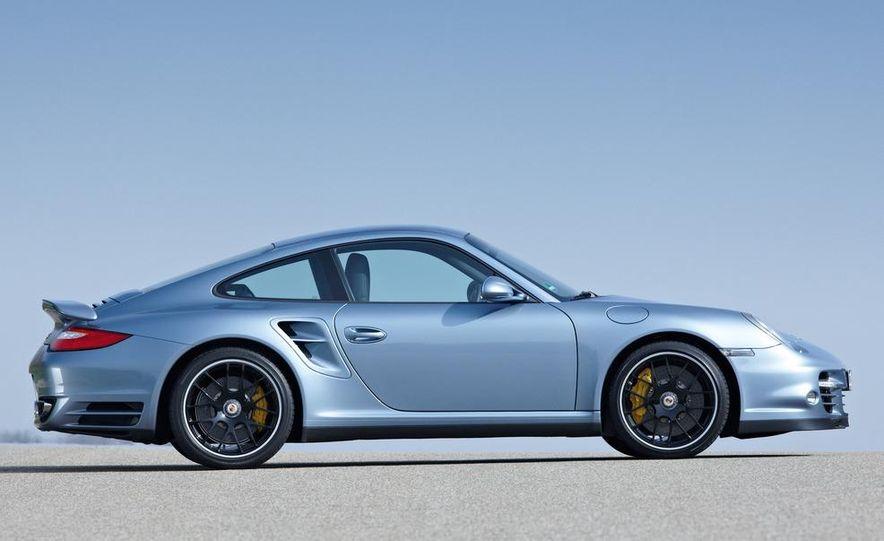 2013 Porsche 911 Turbo coupe (spy photo) - Slide 35