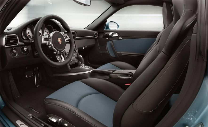 2013 Porsche 911 Turbo coupe (spy photo) - Slide 39