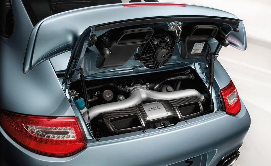 2013 Porsche 911 Turbo coupe (spy photo) - Slide 36
