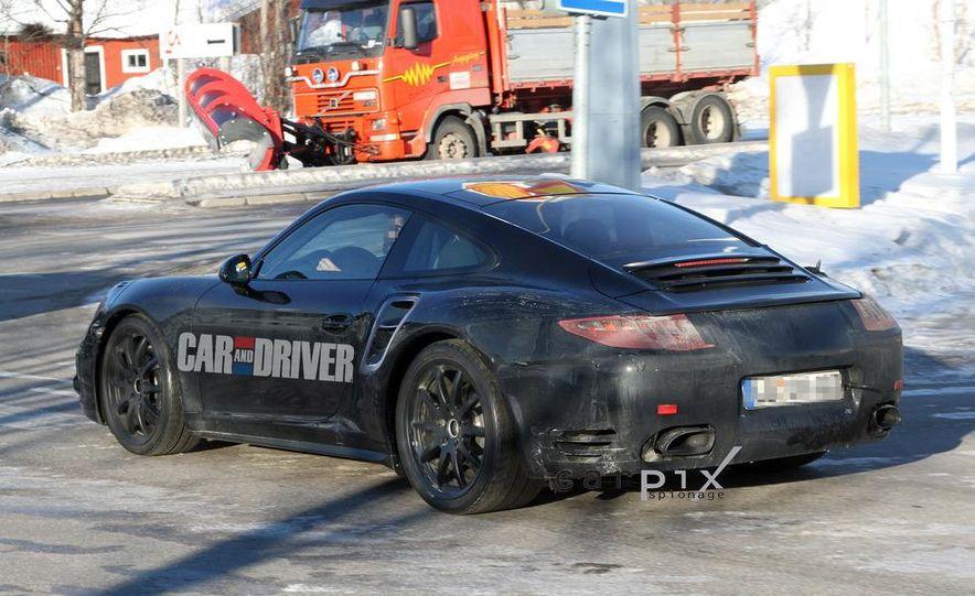 2013 Porsche 911 Turbo coupe (spy photo) - Slide 6