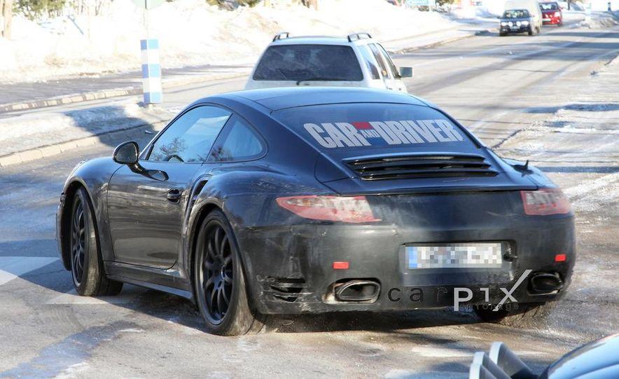 2013 Porsche 911 Turbo coupe (spy photo) - Slide 7