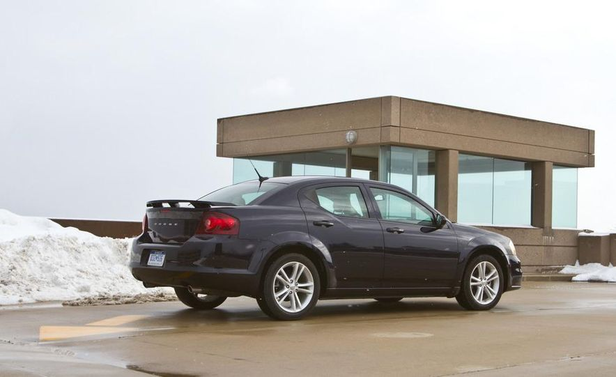 2011 Dodge Avenger Heat - Slide 7