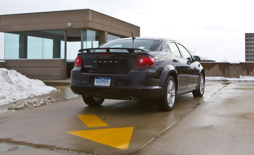 2011 Dodge Avenger Heat - Slide 10