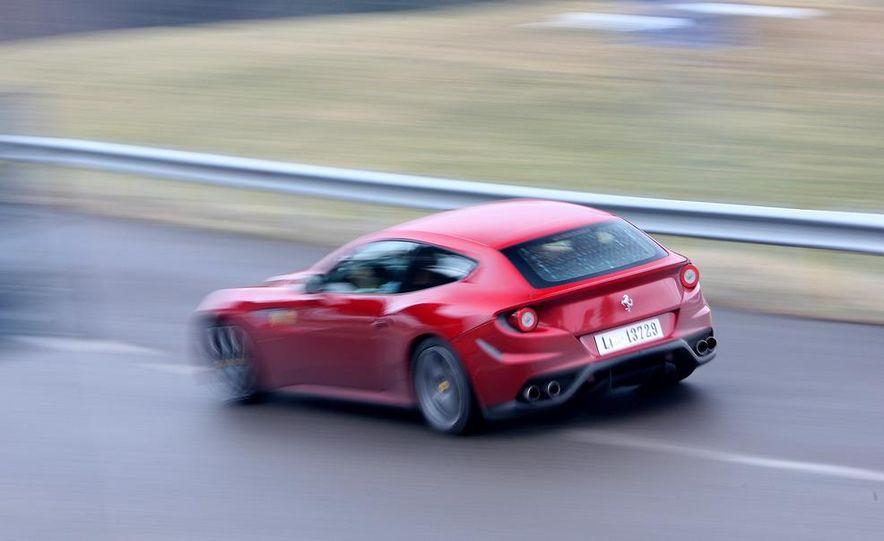 2012 Ferrari FF - Slide 3