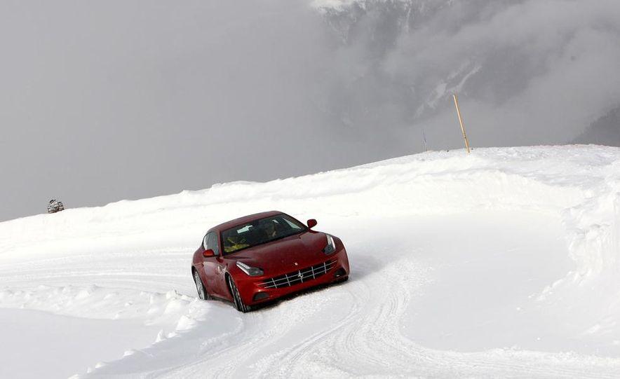 2012 Ferrari FF - Slide 9