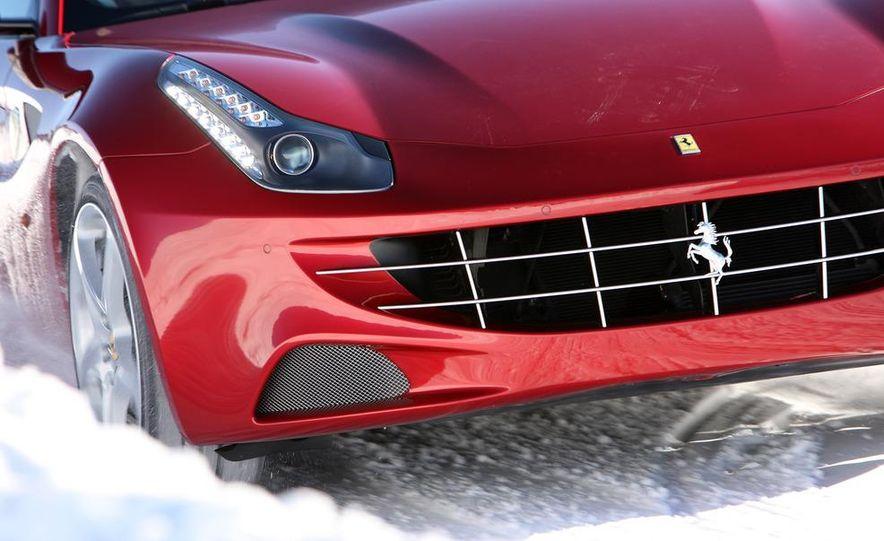 2012 Ferrari FF - Slide 17