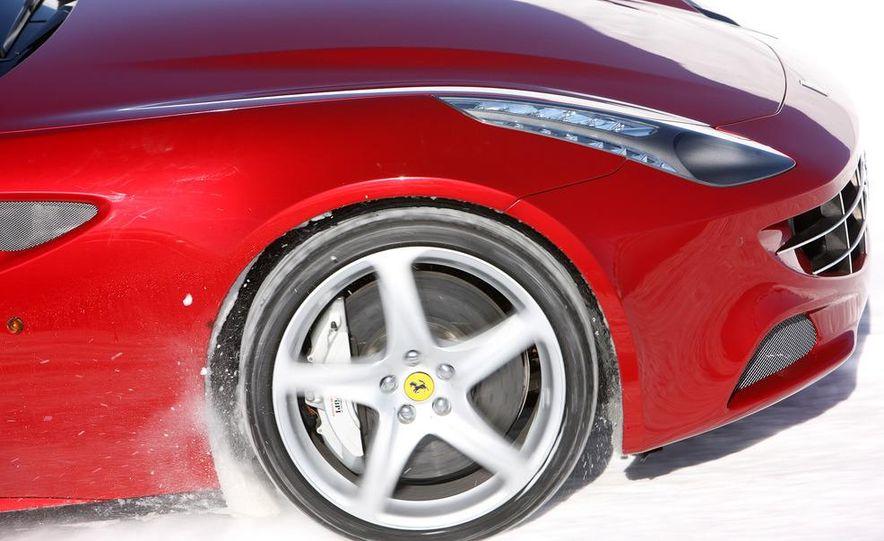 2012 Ferrari FF - Slide 19