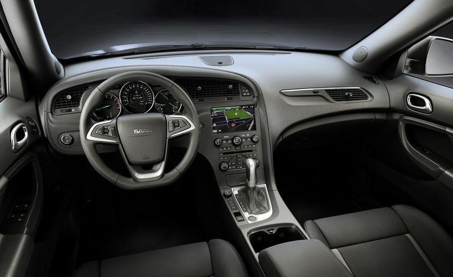 2011 Saab 9-4X - Slide 15