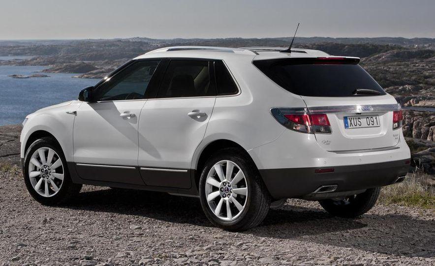 2011 Saab 9-4X - Slide 3