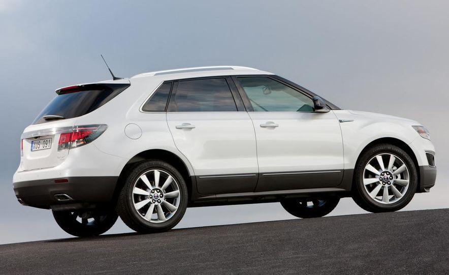 2011 Saab 9-4X - Slide 7
