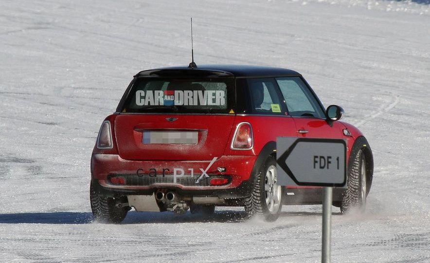 2014 Mini Cooper hybrid (spy photo) - Slide 7