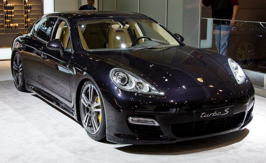 2012 Porsche Panamera Turbo S - Slide 1