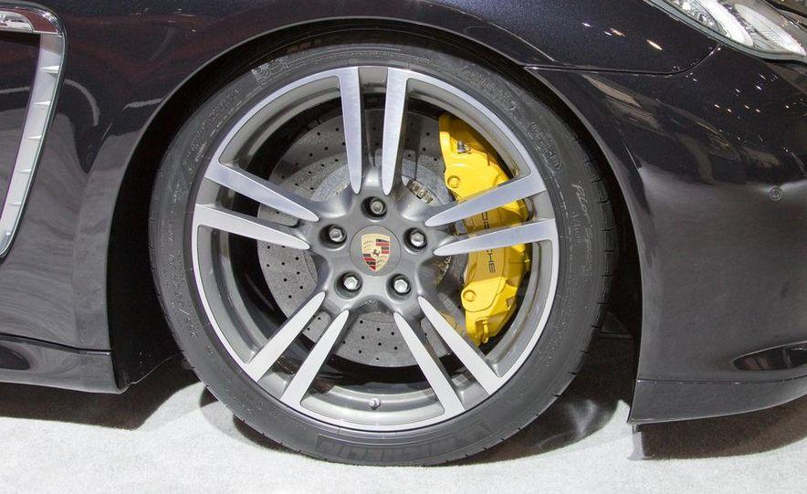 2012 Porsche Panamera Turbo S - Slide 9