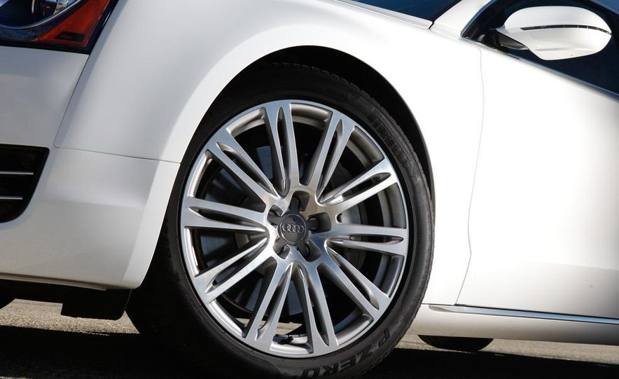 2011 Jaguar XJL Supercharged, 2011 Audi A8L, and 2011 BMW 750Li - Slide 68
