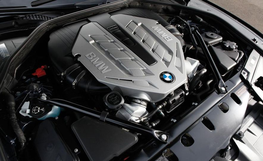 2011 Jaguar XJL Supercharged, 2011 Audi A8L, and 2011 BMW 750Li - Slide 24
