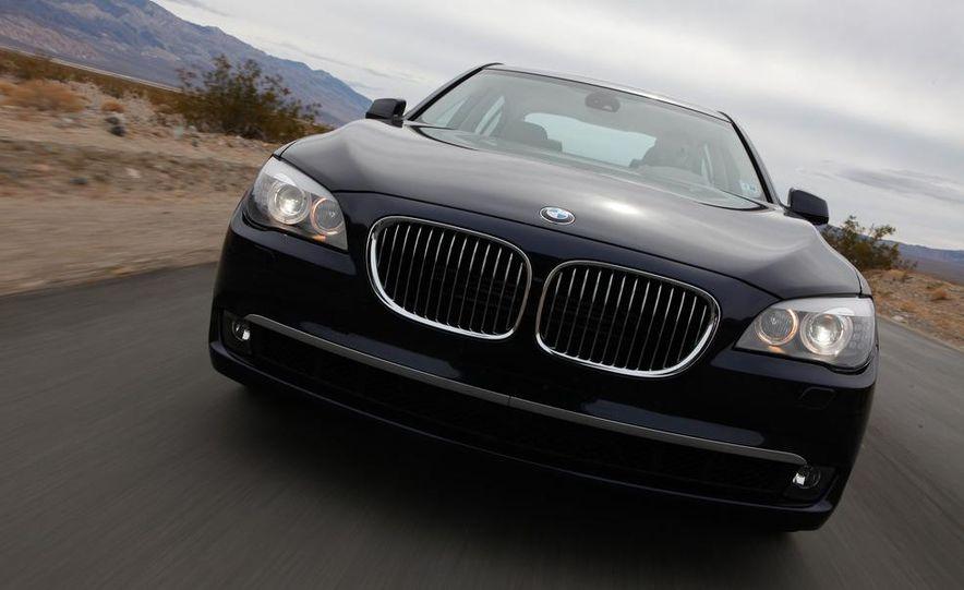 2011 Jaguar XJL Supercharged, 2011 Audi A8L, and 2011 BMW 750Li - Slide 11