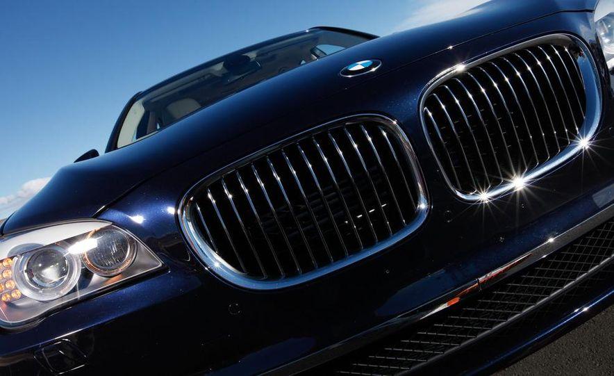 2011 Jaguar XJL Supercharged, 2011 Audi A8L, and 2011 BMW 750Li - Slide 16