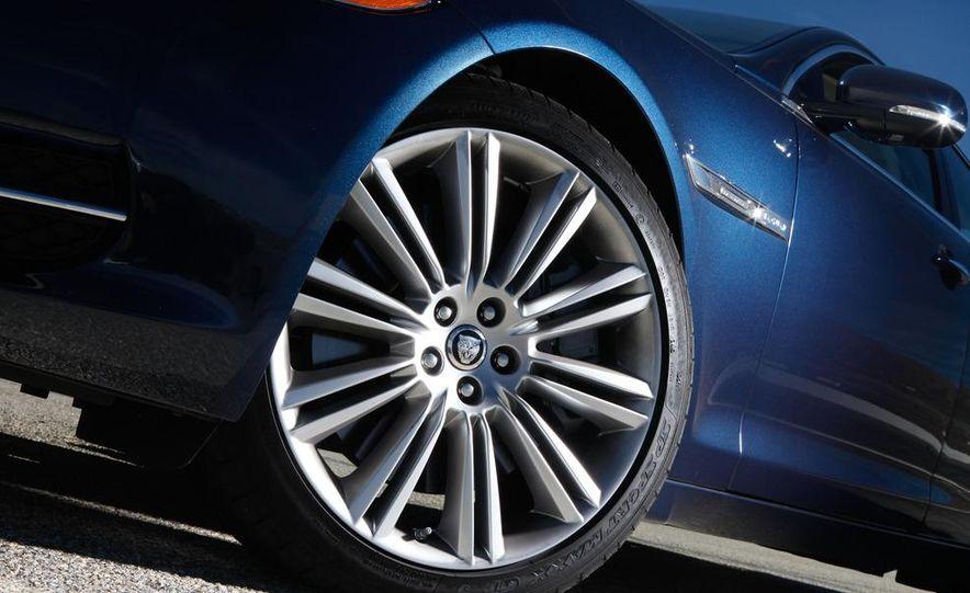 2011 Jaguar XJL Supercharged, 2011 Audi A8L, and 2011 BMW 750Li - Slide 41