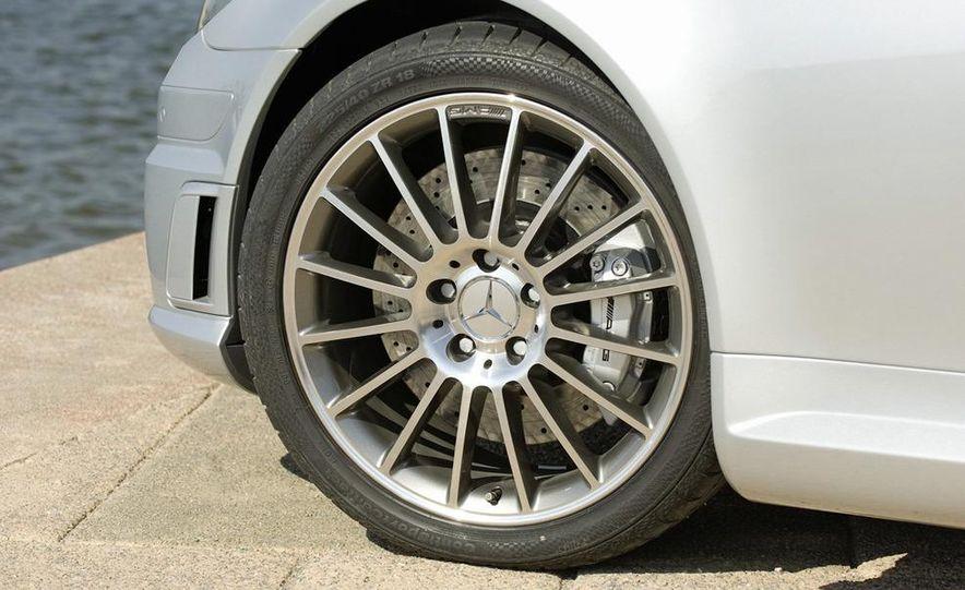 2012 Mercedes-Benz SLK55 / SLK63 AMG (spy photo) - Slide 60