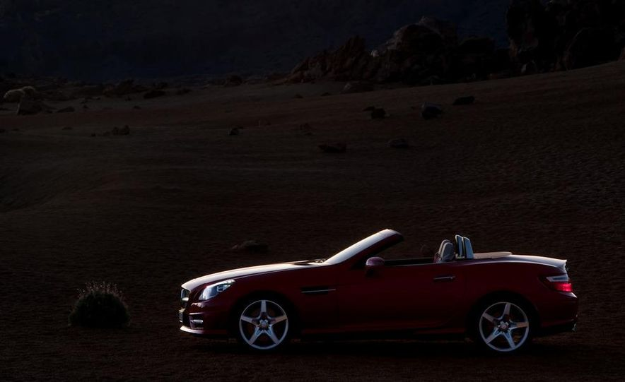 2012 Mercedes-Benz SLK55 / SLK63 AMG (spy photo) - Slide 32