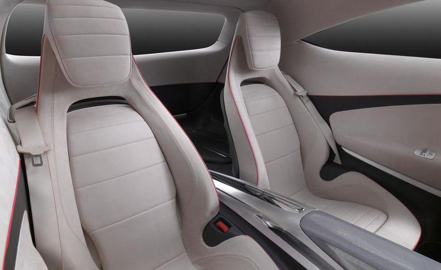 Mercedes-Benz A-class concept - Slide 25