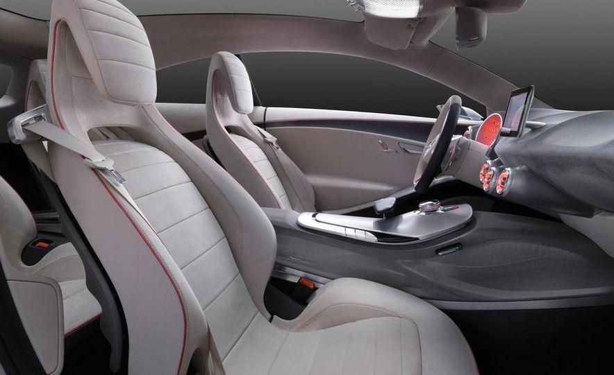 Mercedes-Benz A-class concept - Slide 24