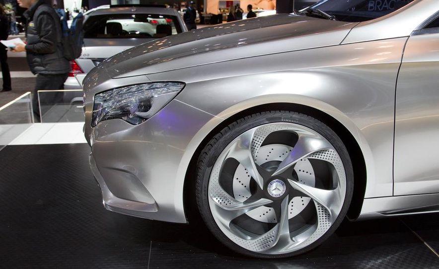 Mercedes-Benz A-class concept - Slide 15