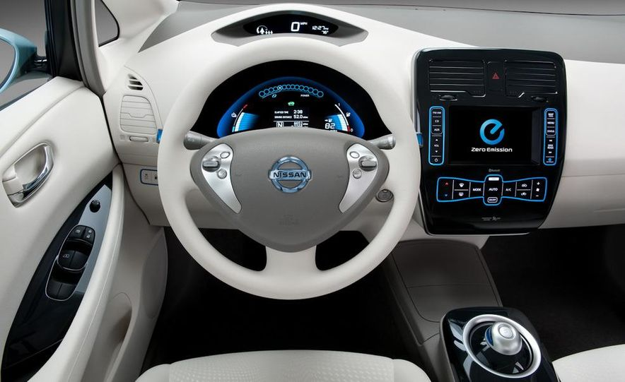 2011 Toyota Camry hybrid - Slide 48