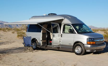 2011 Airstream Avenue RV