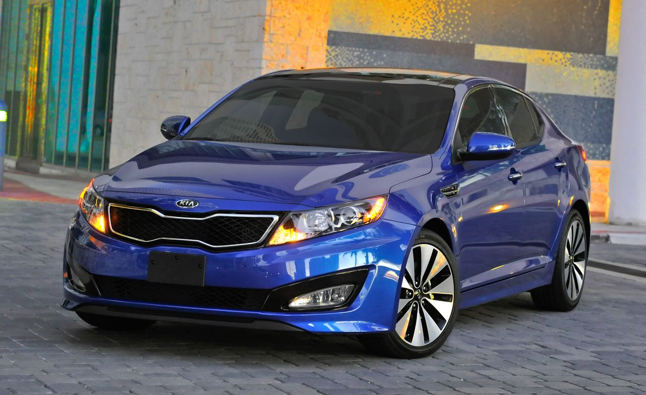 2011 Kia Optima Sx Turbo Test Review Car And Driver