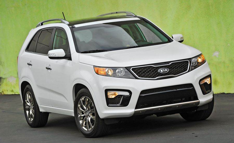 2011 kia sorento sx awd road test review car and driver. Black Bedroom Furniture Sets. Home Design Ideas